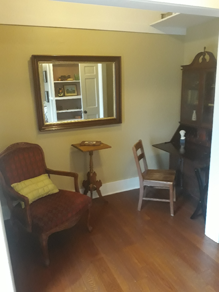 Orchard-House_Snuggle-nook-before2.jpg