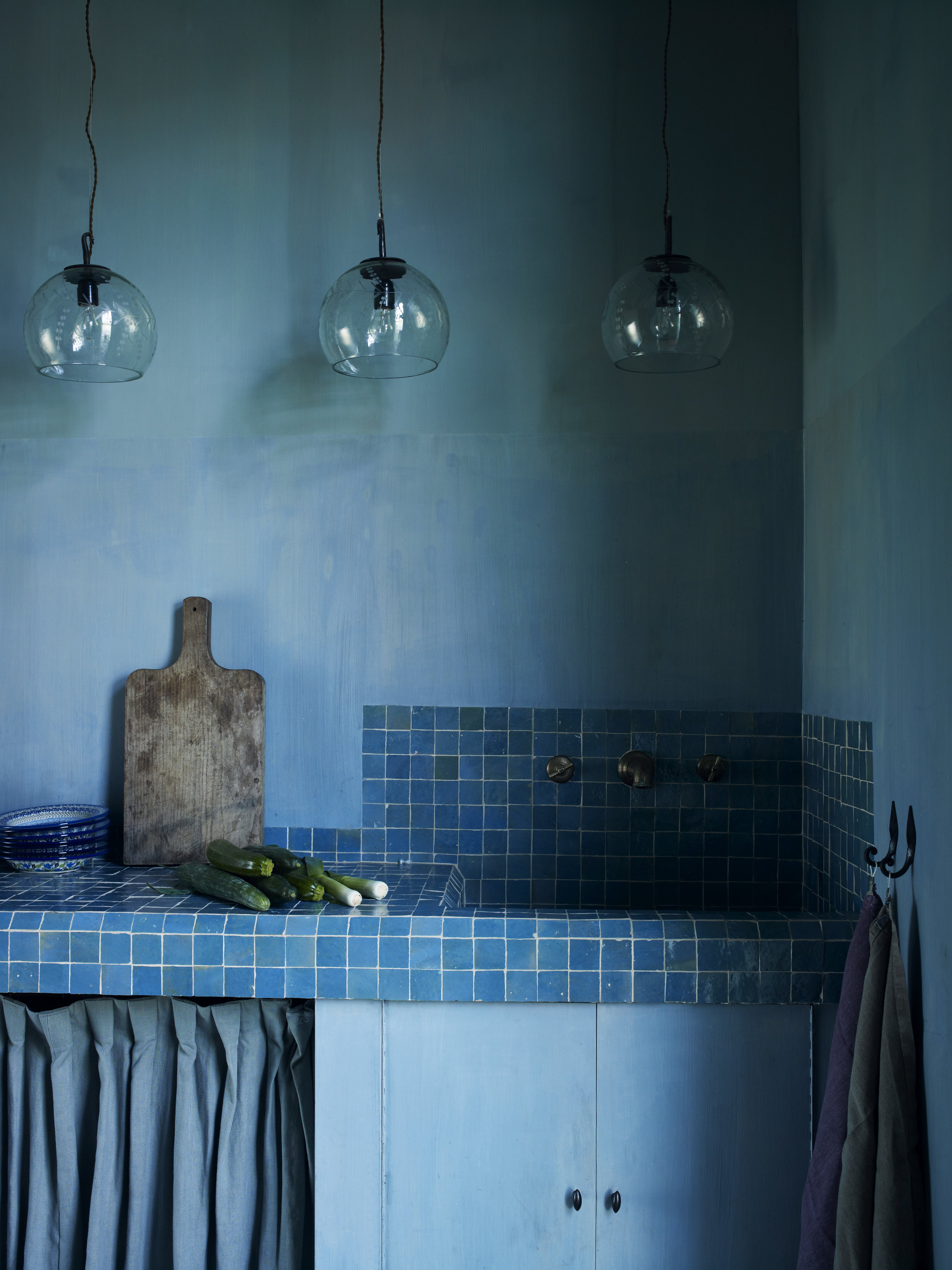 Image from  Think Home  (Ryland Peters & Small) Photography Polly Wreford