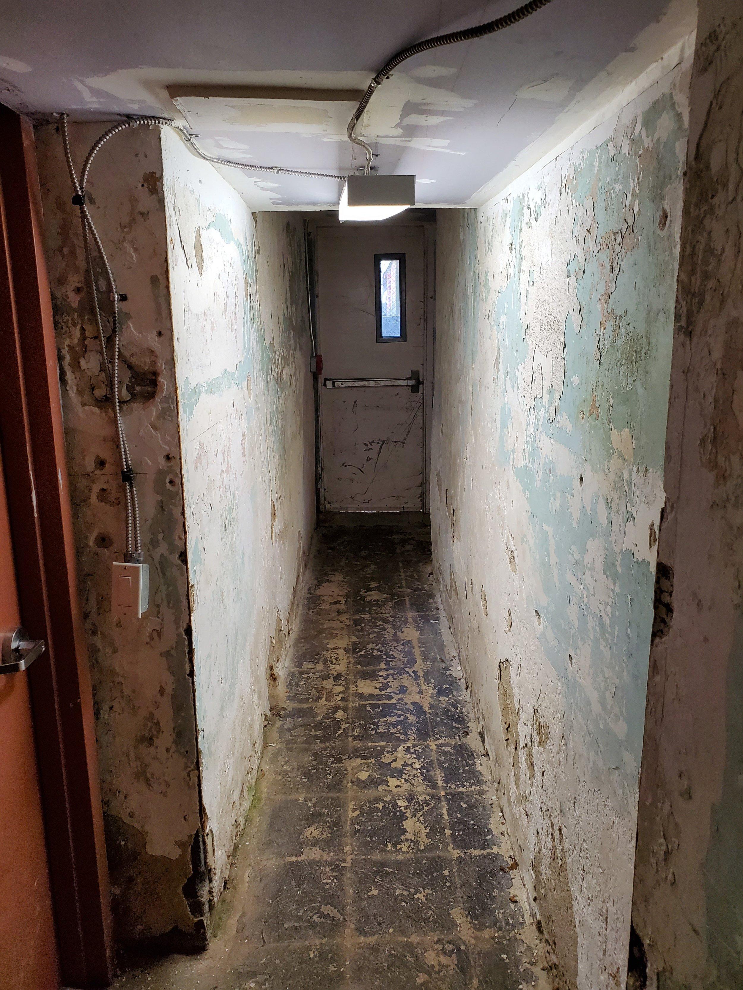 HallwayDoor.jpg