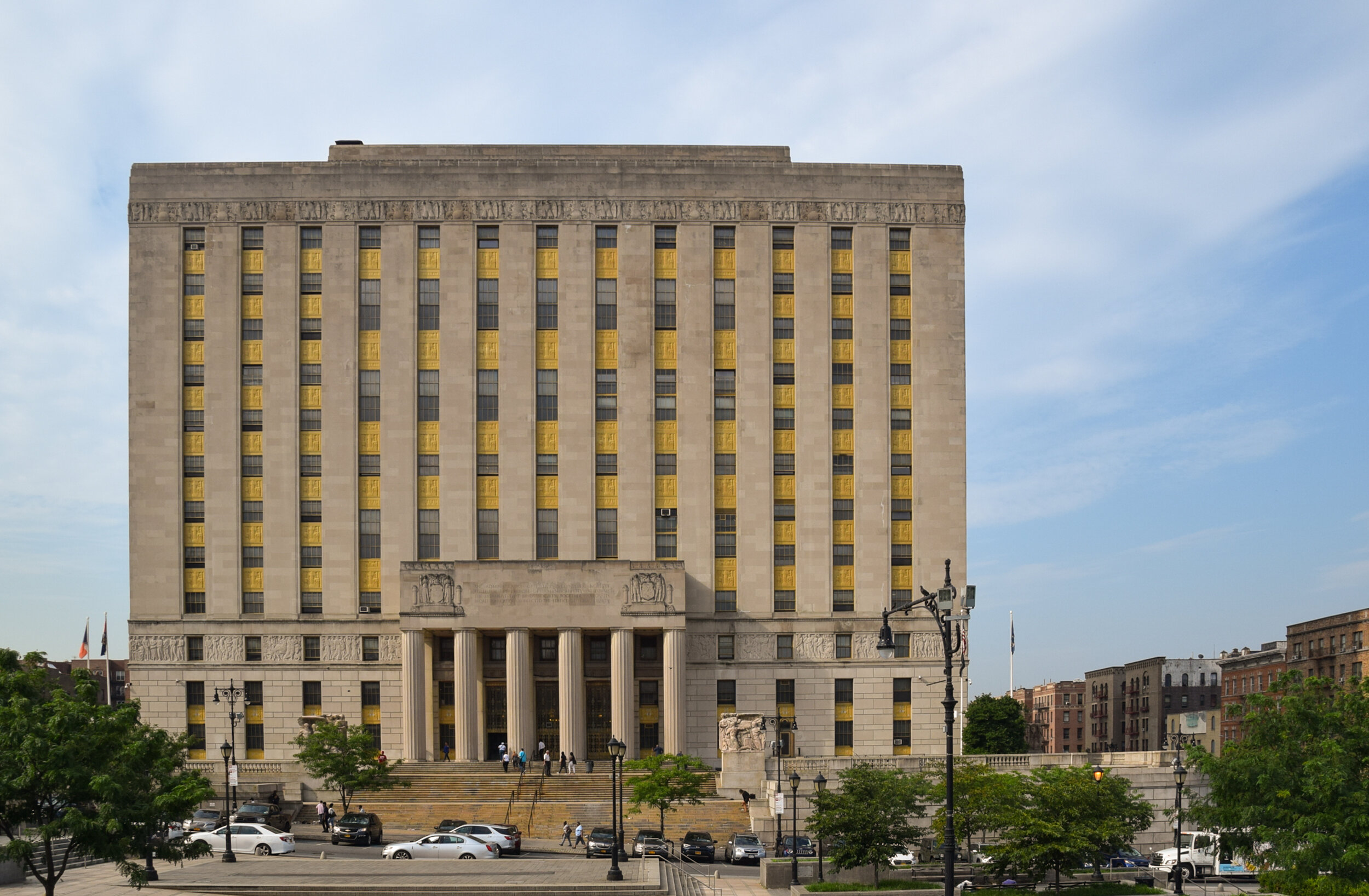 Bronx County Courthouse, North facade (from East 161st Street)