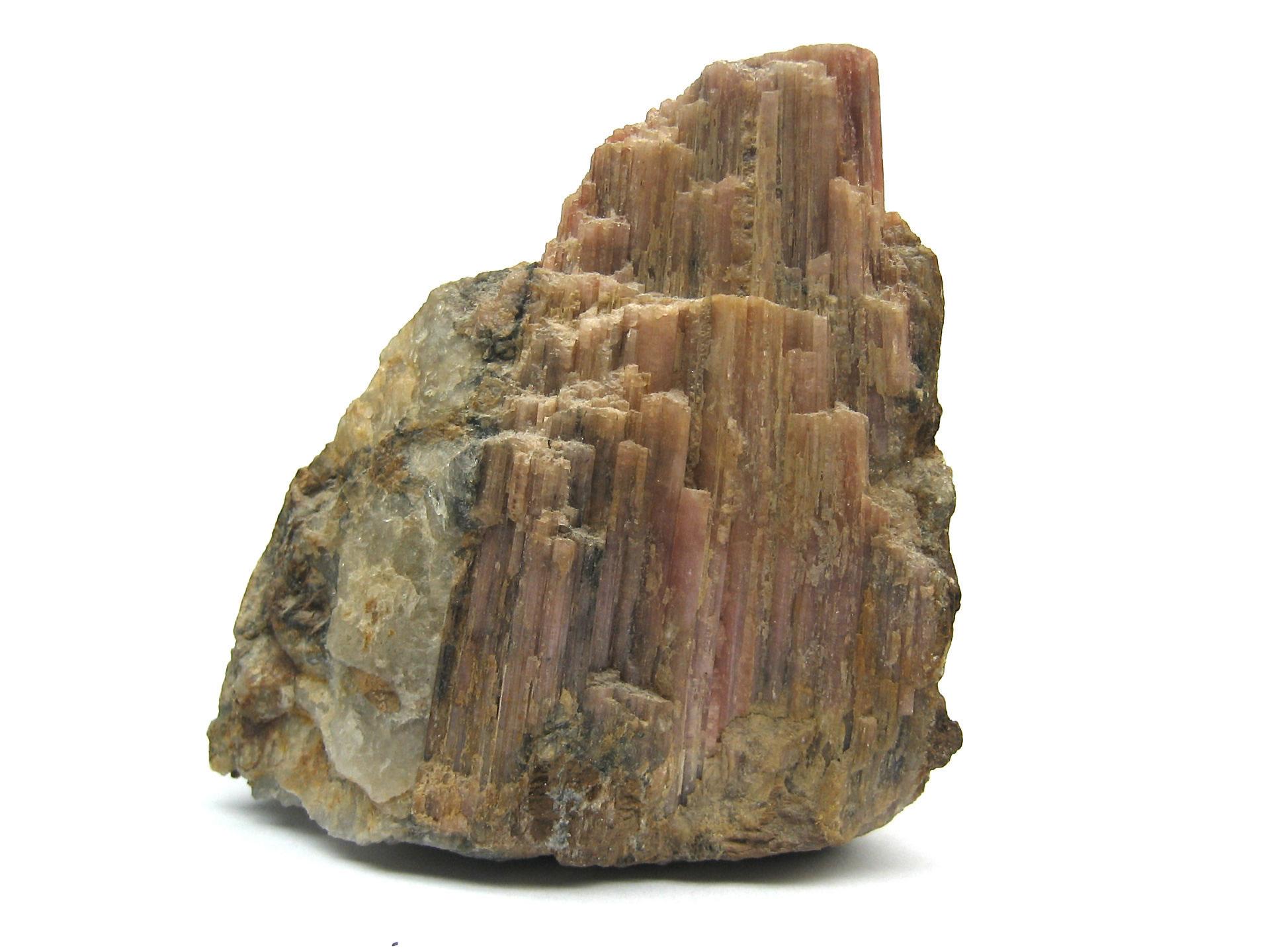 Tourmaline_Mineral_Macro_2.jpg