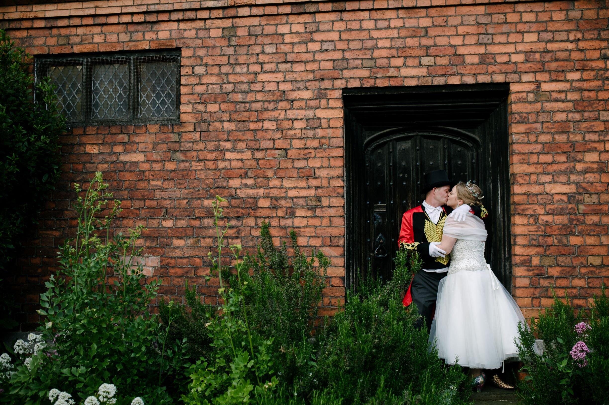 Kirstie & Dean - Gainsborough Old HallPhotography : Aden Priest