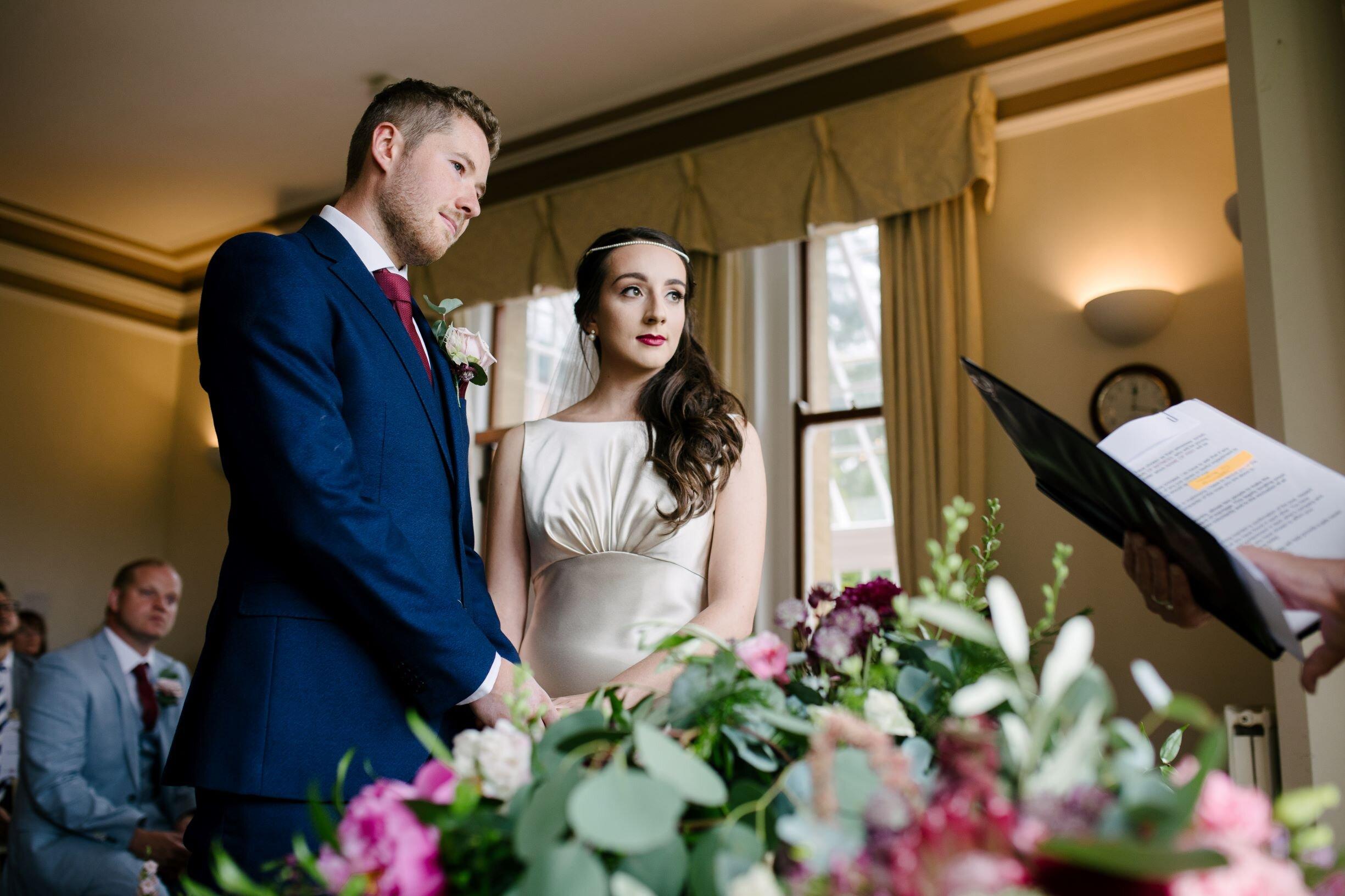 civil ceremony table flowers