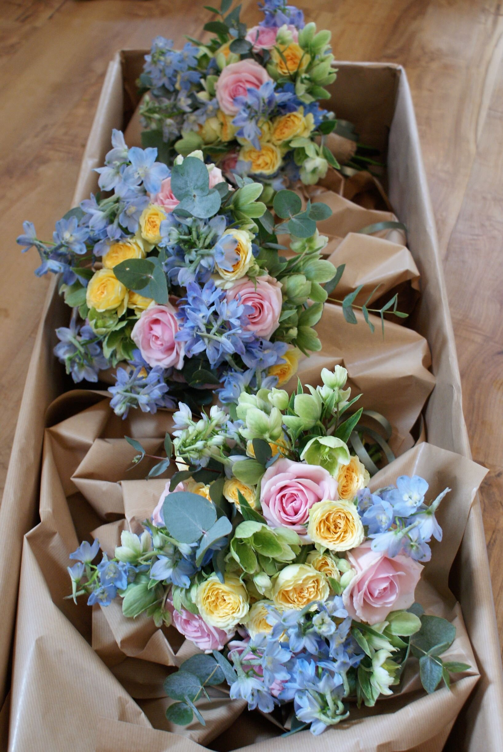 Pastel colours wedding bouquet