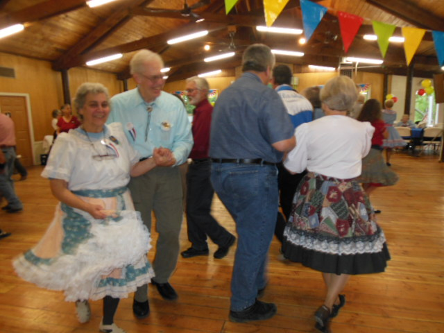 Learn To Square Dance 5.JPG