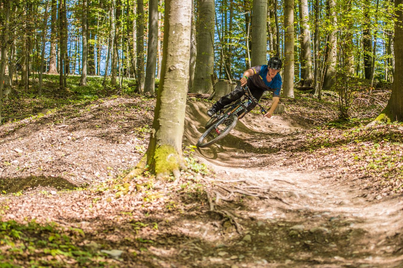 Mehr Flow - Pump Tracks, Trails und mehr Akzeptanz für den Bikesport - wir setzen uns für bei der Stadt und beim Kanton für ein.