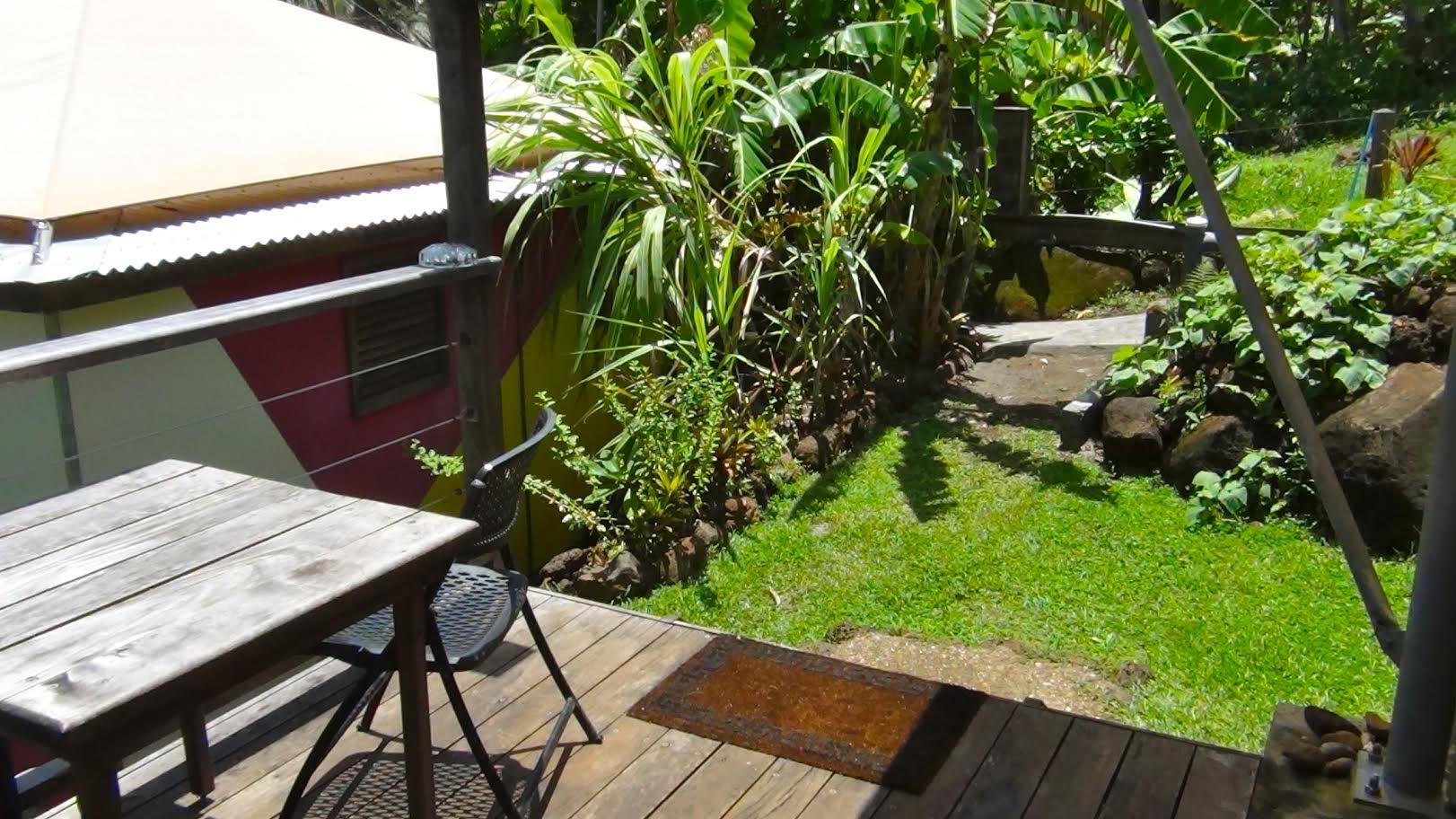 Los Escapados Eco-Cabin 2 private deck