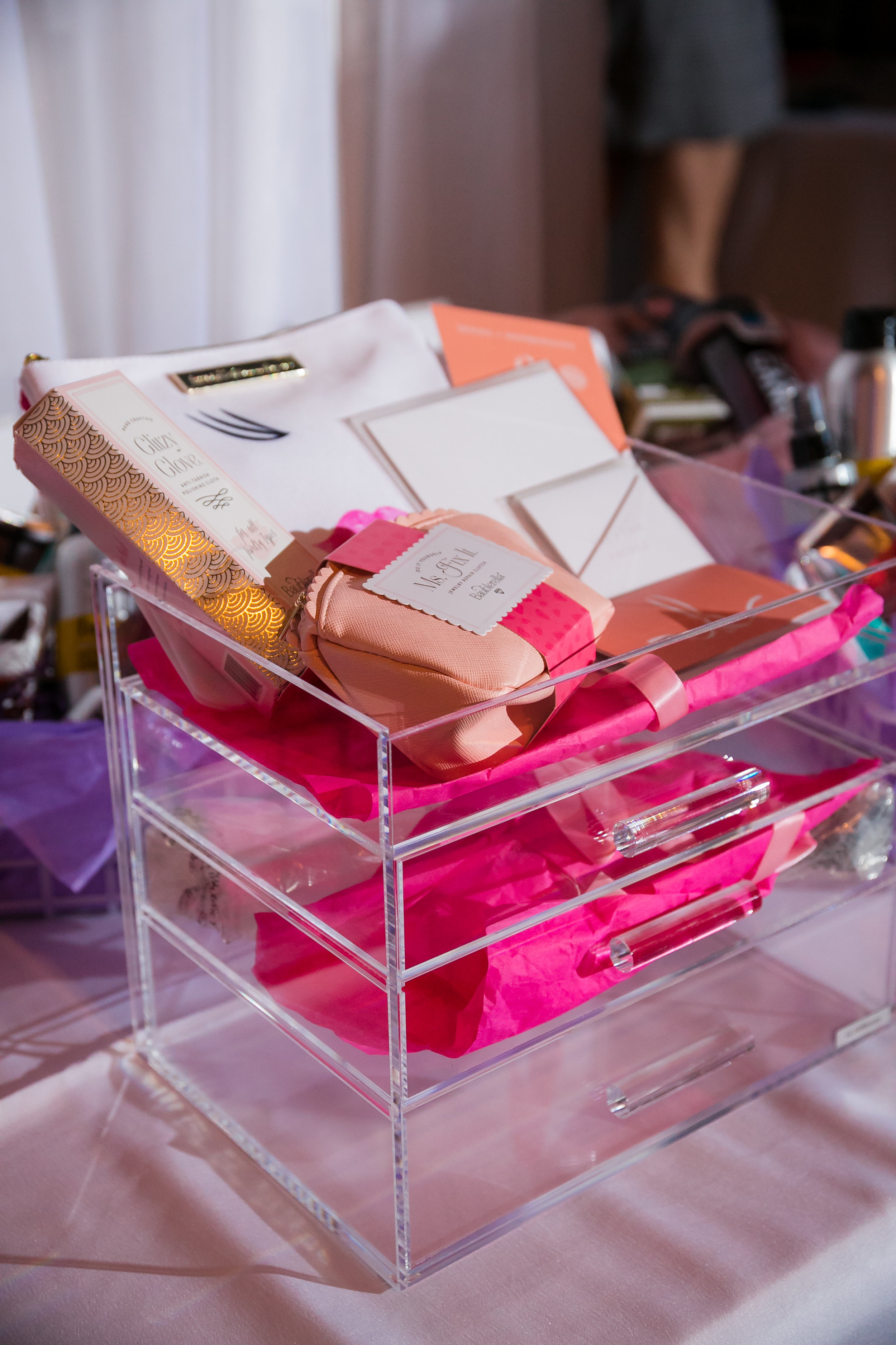 Our ISN'T SHE LOVELY basket included a  GLAM  boxes  GLAMpetite makeup box, Blaine Bowen + Fave4Hair products,  Baublerella  pieces, two of our LOVELY cards and a $250 gift card to  Blushington .