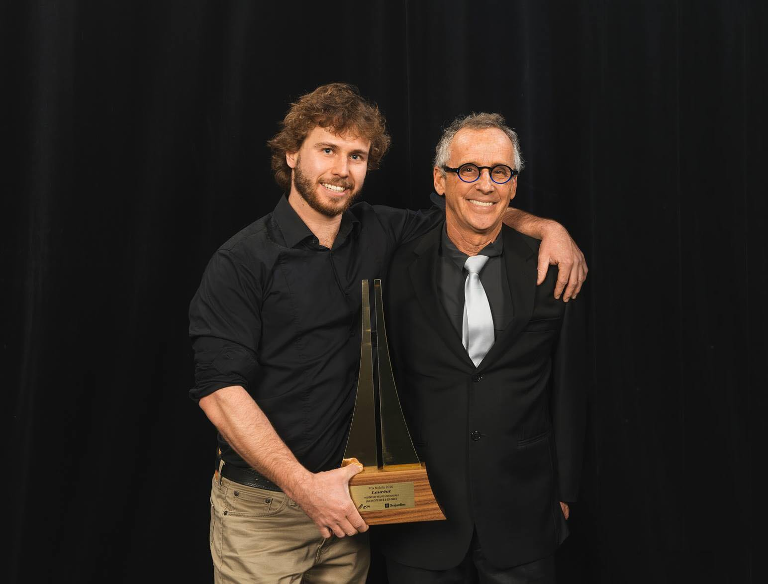 Alex LeBlanc et André LeBlanc lors du Gala Nobilis 2016 où ils ont remporté la 1ère place dans leur catégorie.