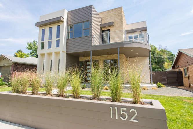1152 Forest Street-small-001-43-Exterior-666x445-72dpi.jpg