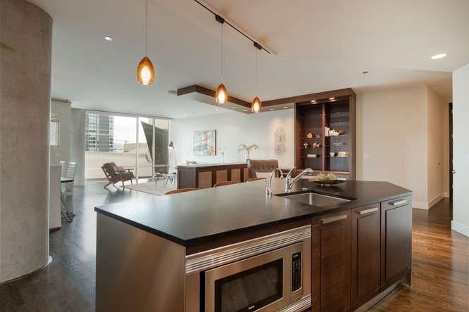 1200 Acoma Street 507-small-007-6-Kitchen-666x444-72dpi.jpg