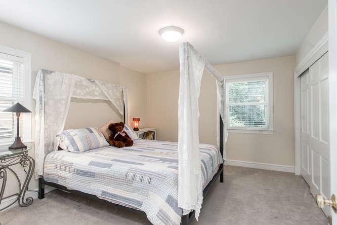 12 S Albion Street-small-026-20-Bedroom-666x445-72dpi.jpg