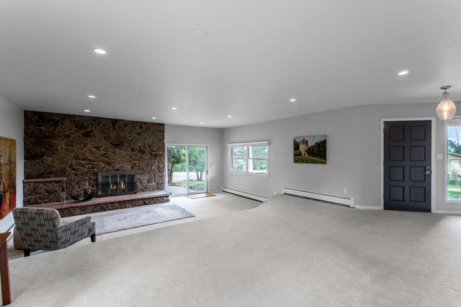 30024 Canterbury Circle-small-023-056-Living Room-666x445-72dpi.jpg