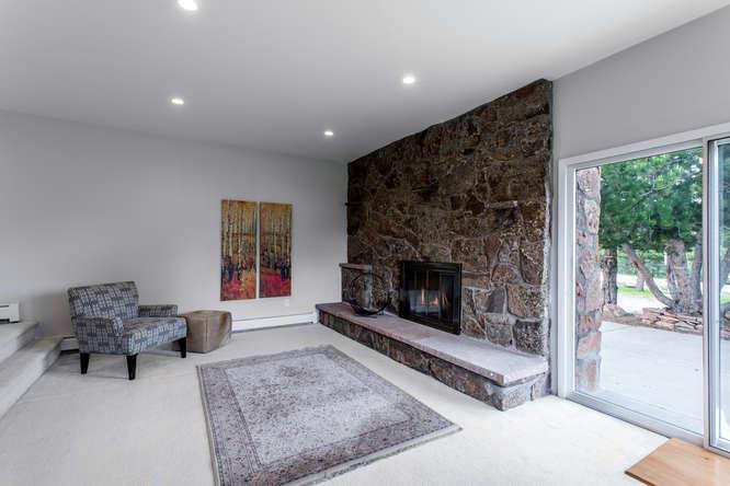 30024 Canterbury Circle-small-024-066-Living Room-666x444-72dpi.jpg