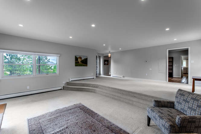 30024 Canterbury Circle-small-025-075-Living Room-666x445-72dpi.jpg