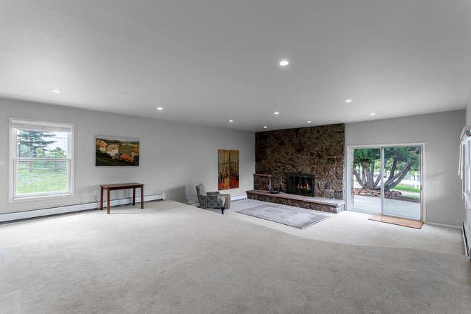 30024 Canterbury Circle-small-037-083-Living Room-666x444-72dpi.jpg