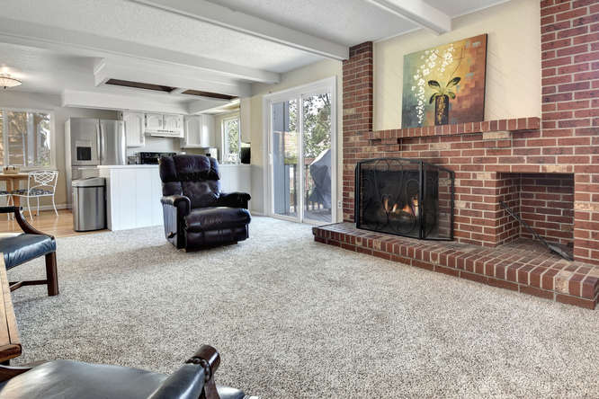 19455 E Floyd Avenue-small-010-012-Family Room-666x444-72dpi.jpg