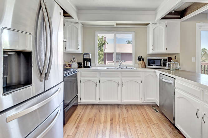 19455 E Floyd Avenue-small-012-003-Kitchen-666x444-72dpi.jpg