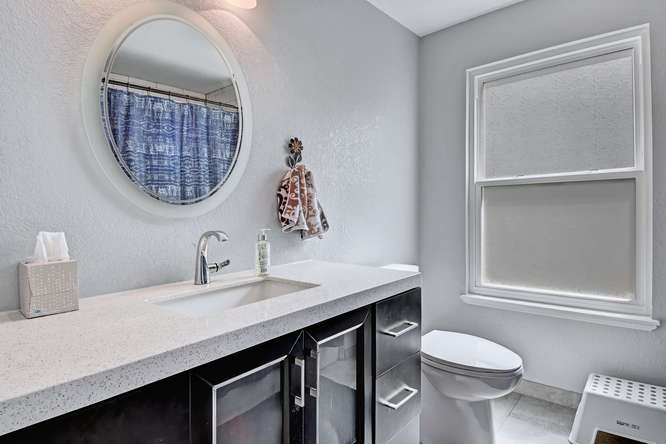 19455 E Floyd Avenue-small-022-017-Bathroom-666x444-72dpi.jpg