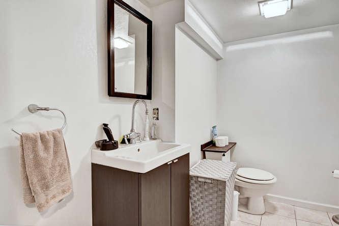 19455 E Floyd Avenue-small-027-029-Bathroom-666x444-72dpi.jpg