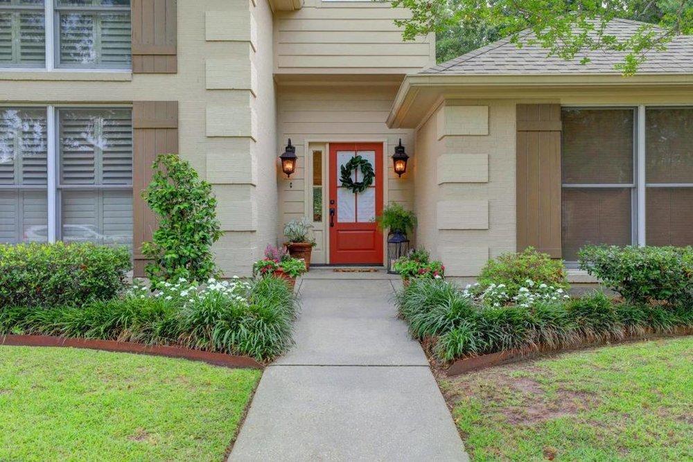 front porch 3 (2).jpg