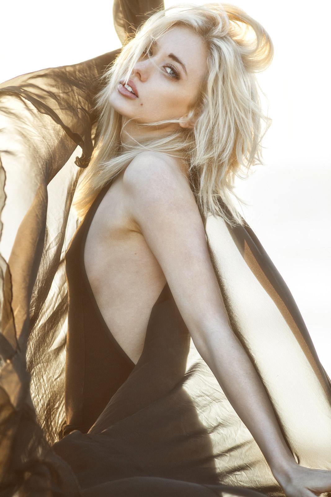 Nicole Malibu 4 (1 of 1)1200.jpg
