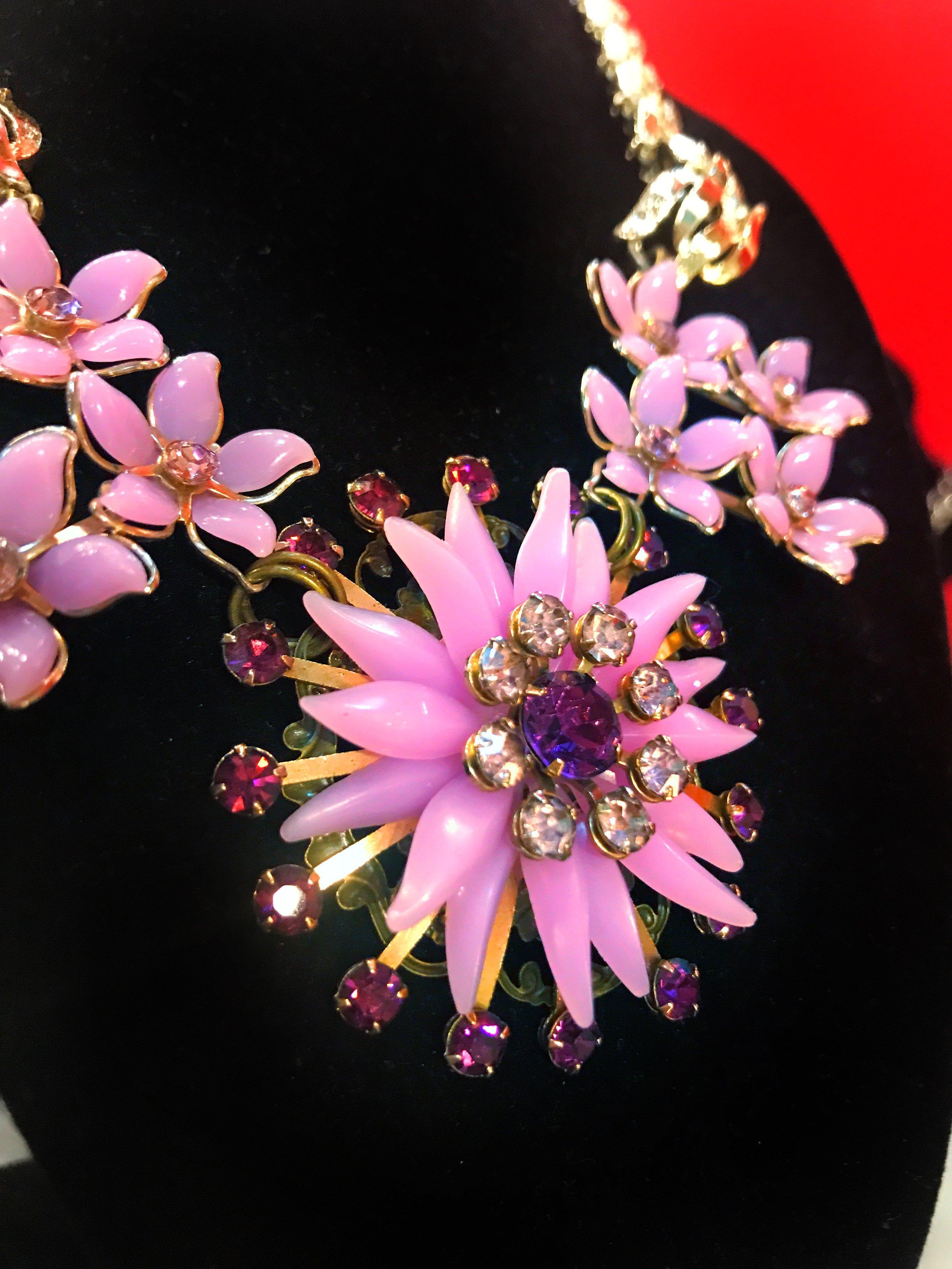 purple flower necklace.JPG
