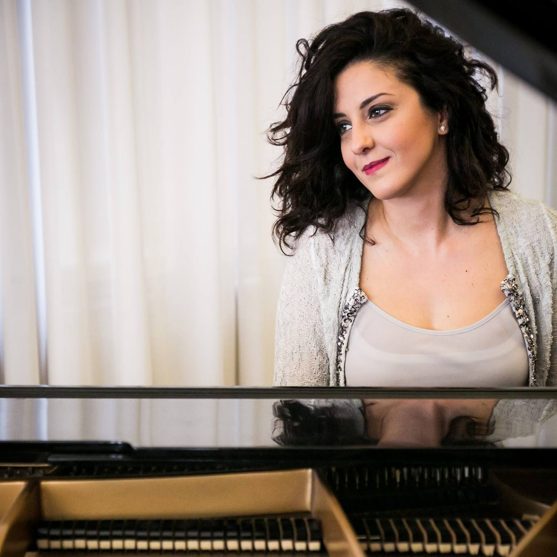 Loredana Scalcione - Pianist