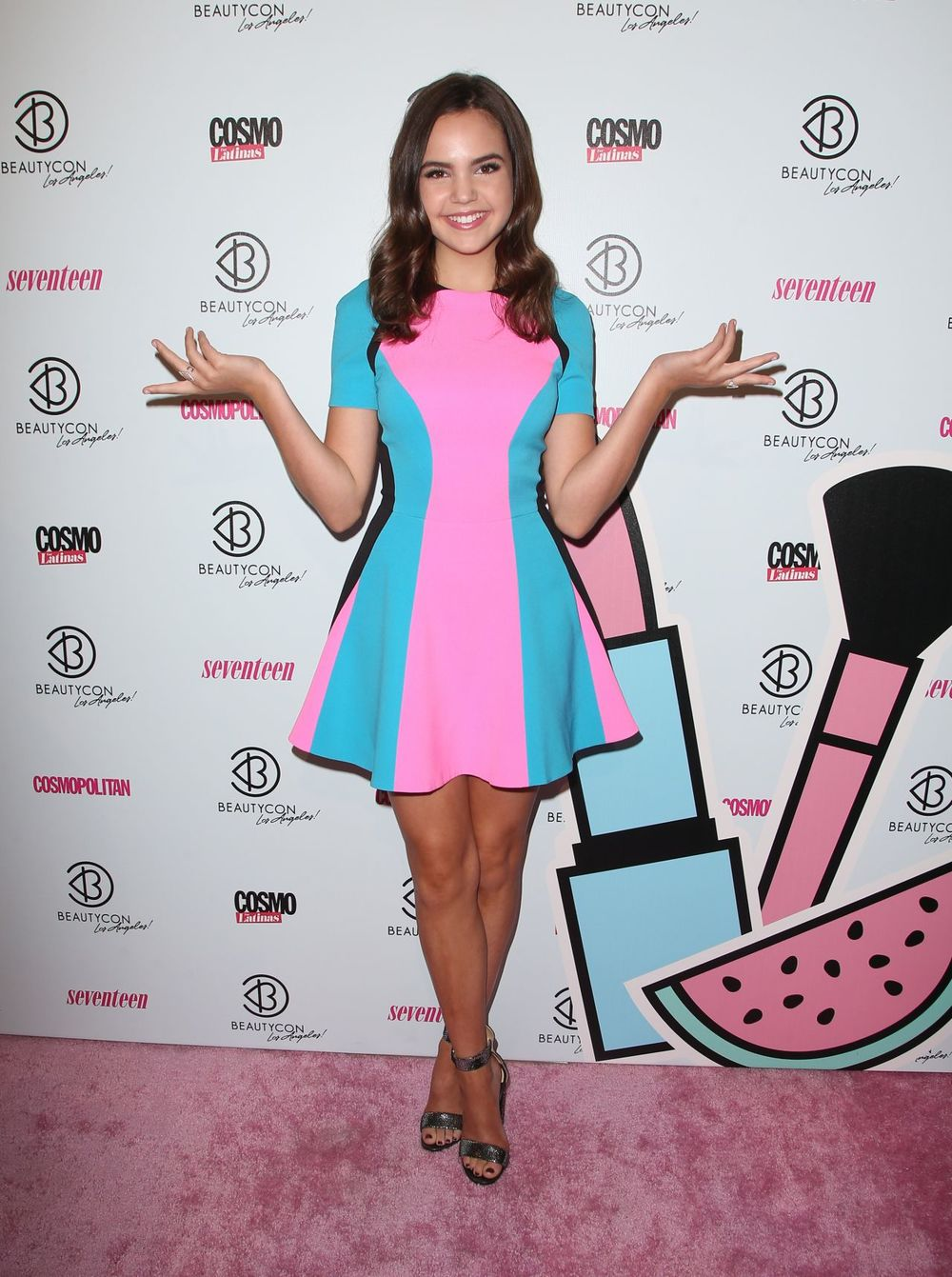 bailee-madison-2015-beautycon-in-los-angeles_6.jpg