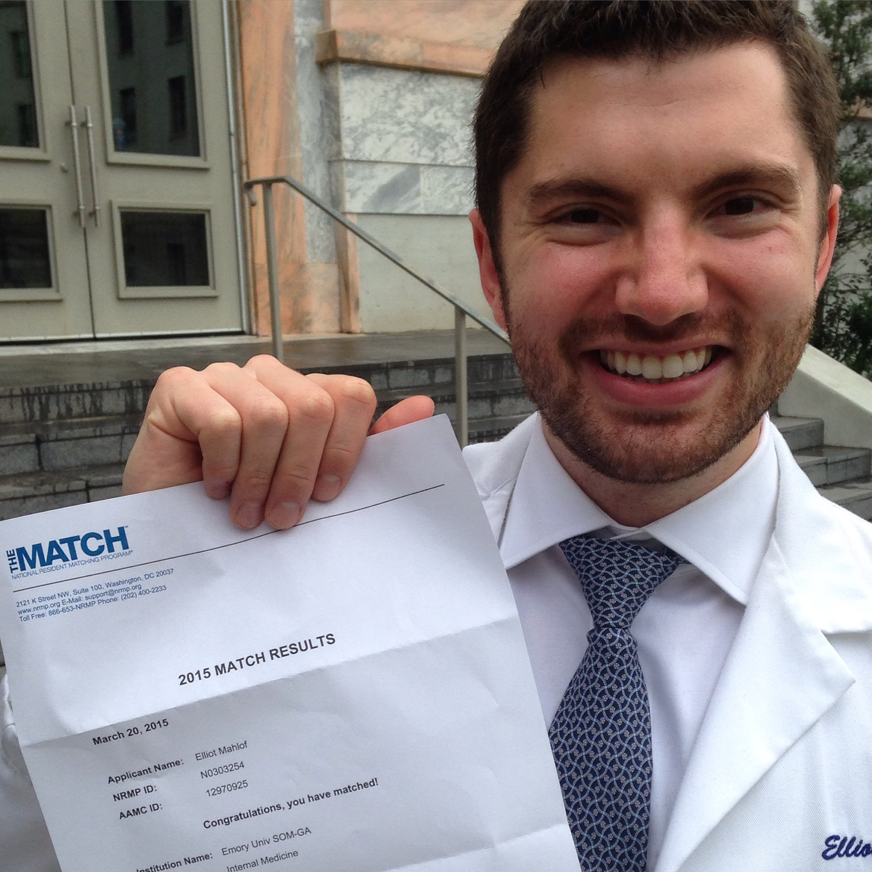 Emory medical student - Elliot Mahlof - on Match Day 2015 - matched Emory Internal Medicine residency