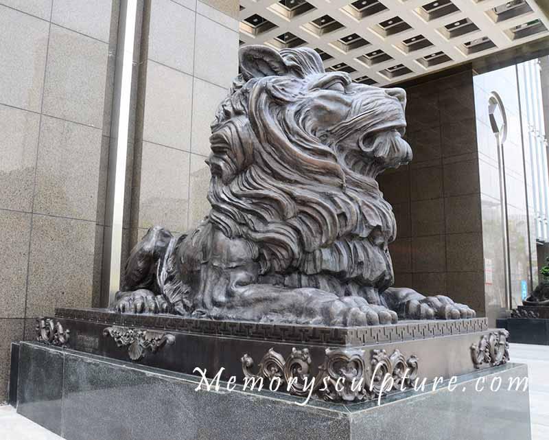 lion bronze sculpture