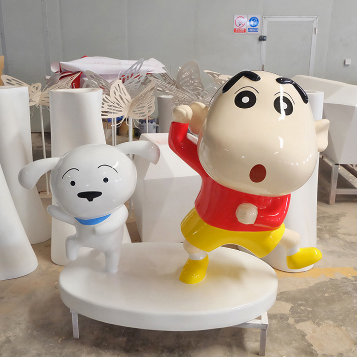 Crayon Shin-chan & Shiro - Lovely cartoon statue Crayon Shin-chan and Shiro dog for shopping mall decoration, 1 meter height and made of fiberglass with metallic painting finish
