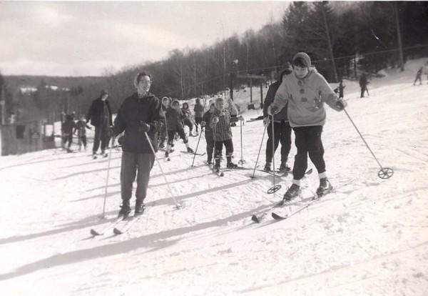 skiers-1960-e1382708952770.jpg