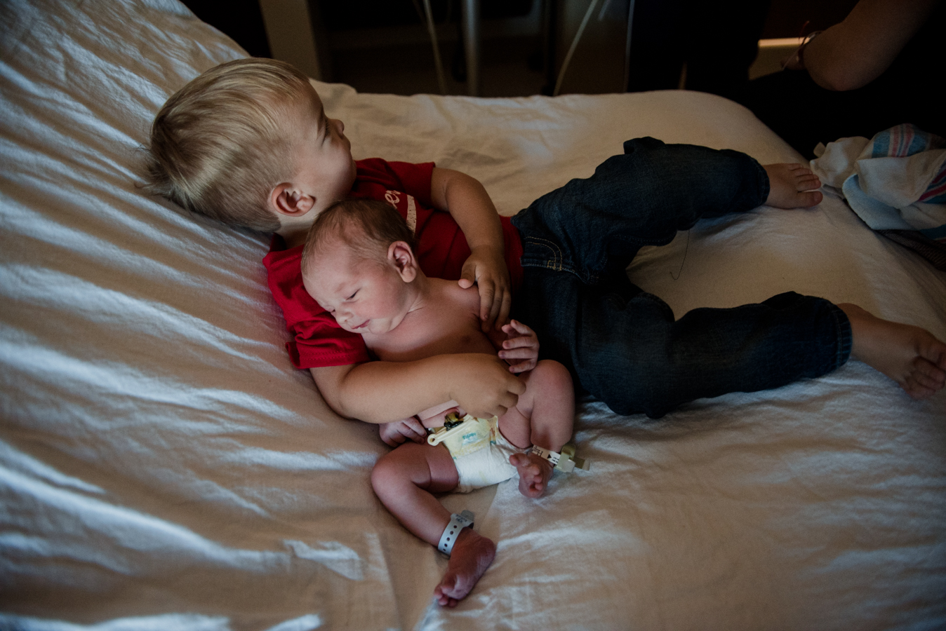 newborn and brother-pensacola child photographer