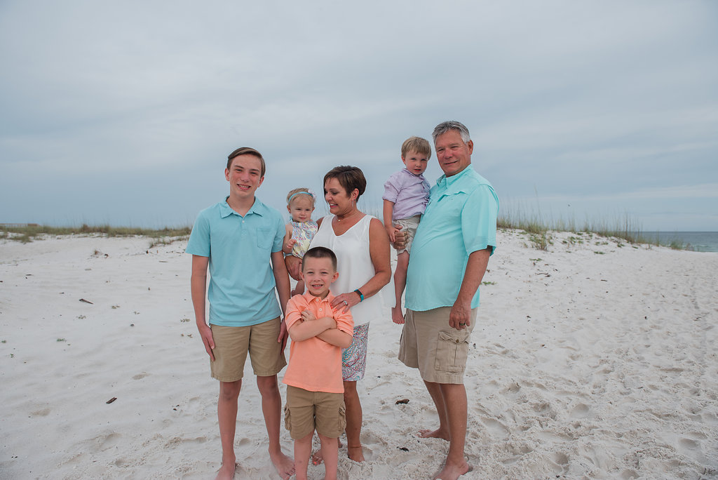 grandkids with grandparents at beach-Pensacola Beach Photographer-Ann Mangum Photographer