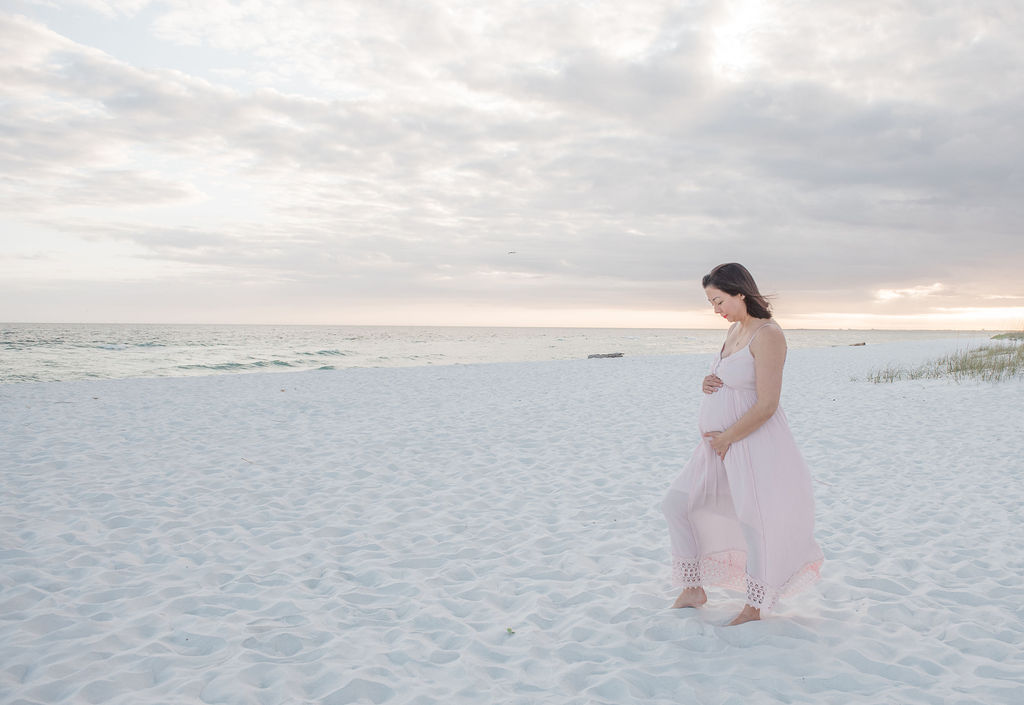 pregnant lady by beach-pensacola beach photographer