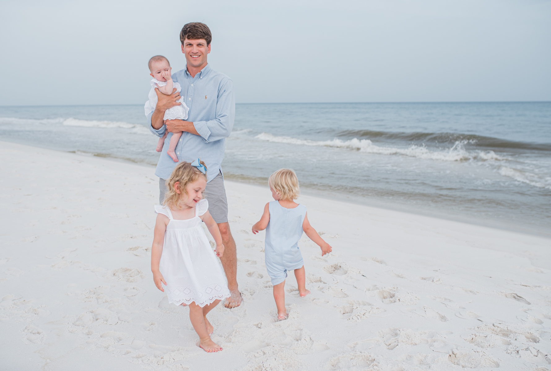 dad with kids at beach-pensacola beach photographer