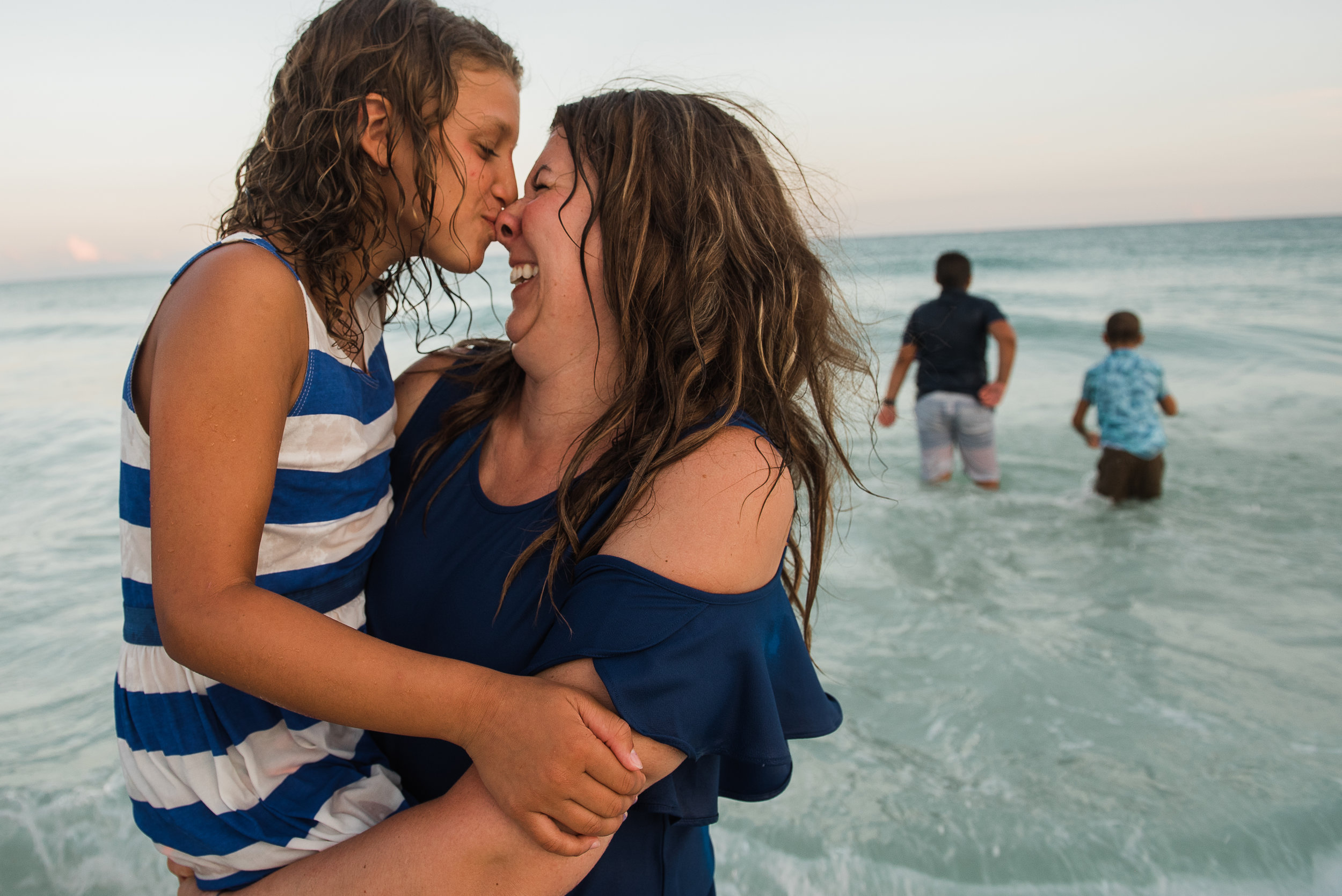 annmangumphotography.jpg-pensacola family photographer-mom and daughter in water
