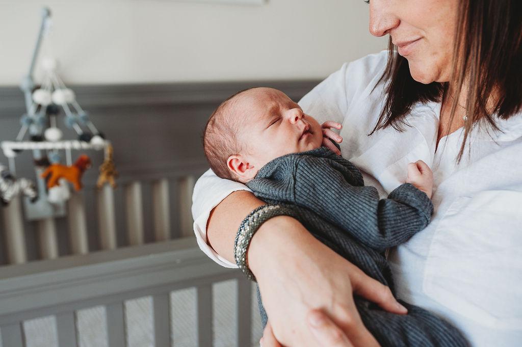 newborn in arms-pensacola newborn photographer-Ann Mangum Photography