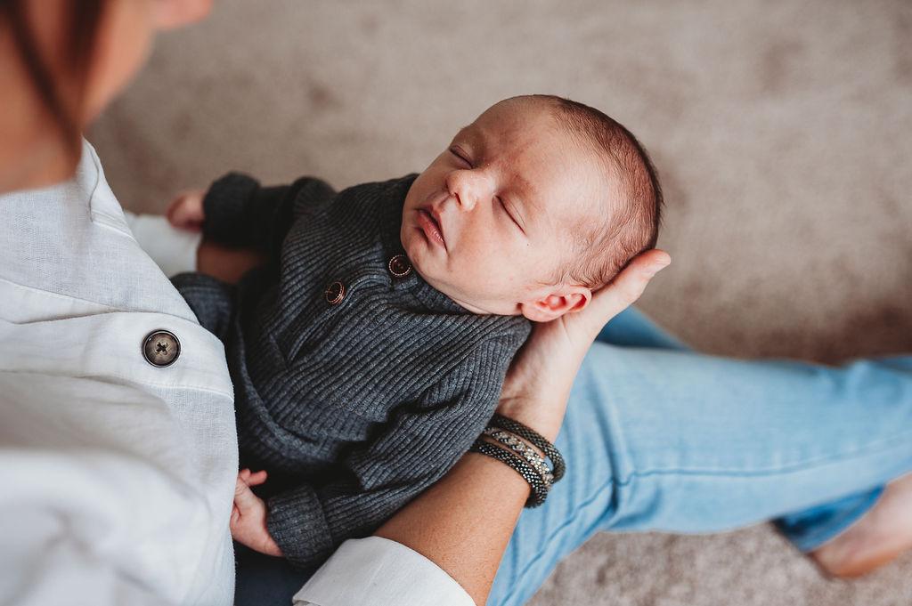 newborn-Pensacola baby photographer-Ann Mangum Photography