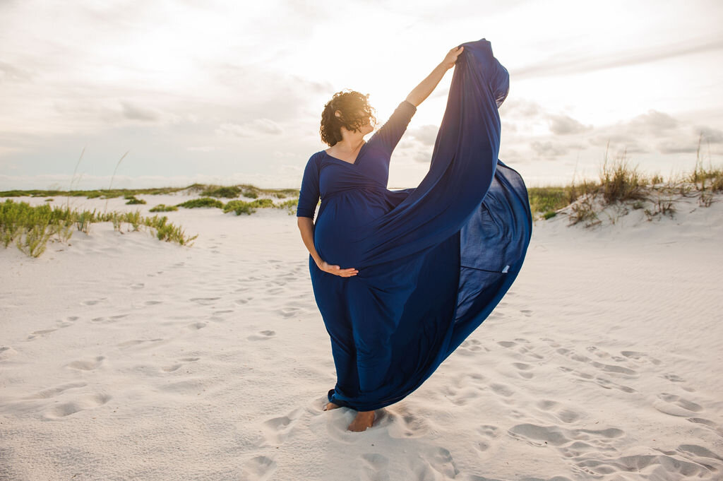 mom with dress-Pensacola maternity photographer-Ann Mangum photography