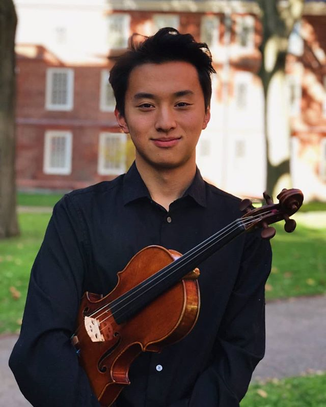 Introducing our stylish soloist for this upcoming concert, Alex Zhou '23! Come watch him play Tchaikovsky's Violin Concerto with HRO Saturday, November 2nd 8PM in Sanders Theater!