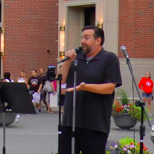 Steve sings at Blue Back Square