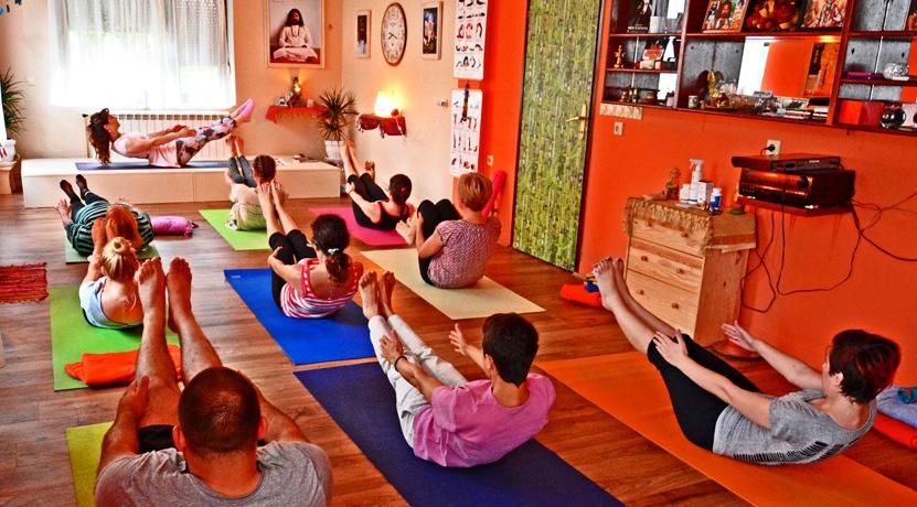 Yoga with Devi Mohan, Datta Tapovan, Serbia - Naukasana, 2016.jpg
