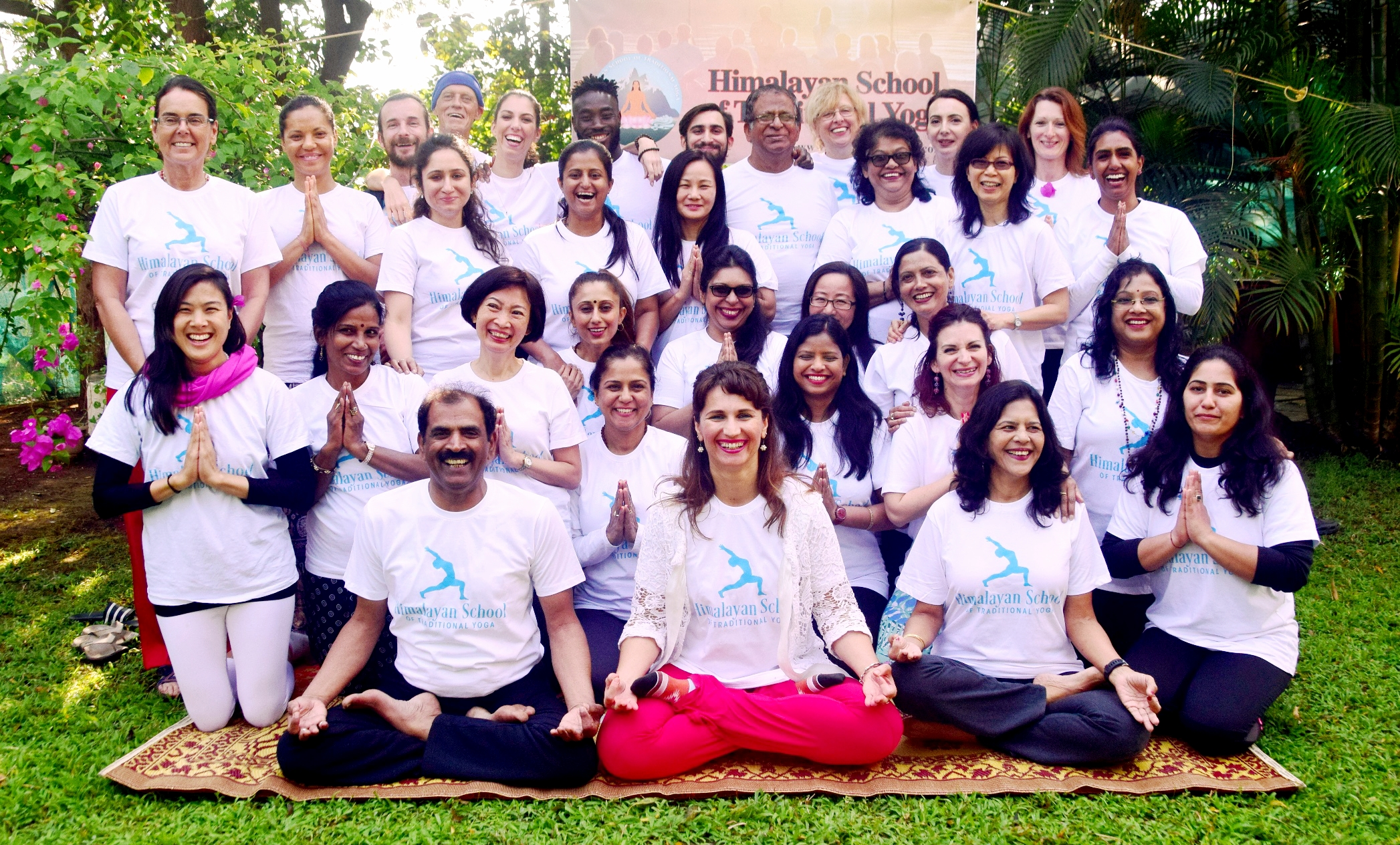 SMILES AFTER THE FIRST HIMALAYAN SCHOOL OF TRADITIONAL YOGA TEACHER TRAINING COURSE IN GANESHPURI INDIA IN JANUARY 2018.
