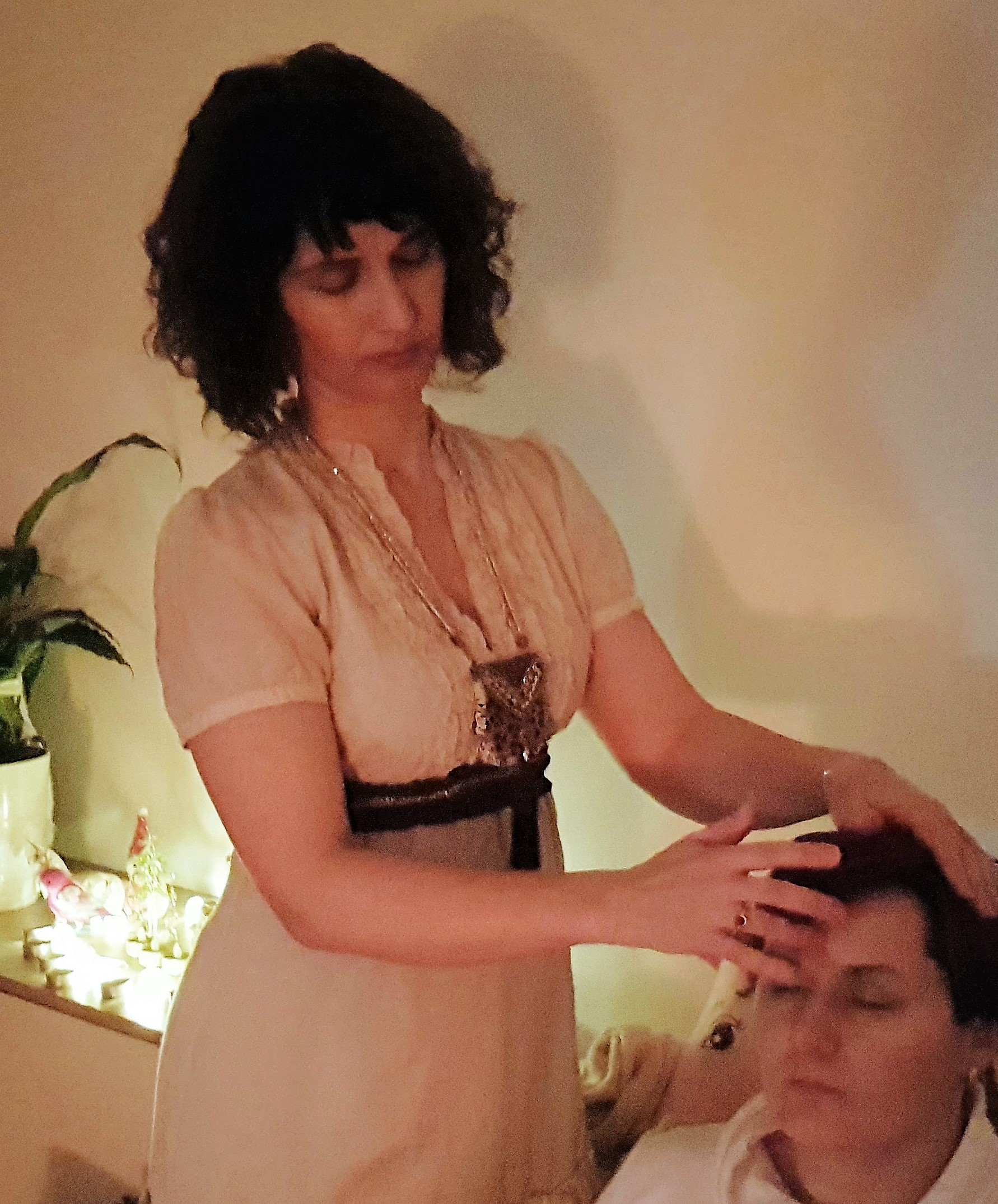 DEVI DELIVERING MOHANJI ENERGY TRANSFER DURING POWER OF PURITY MEDITATION IN ST. ANA, SLOVENIA, JANUARY 2019