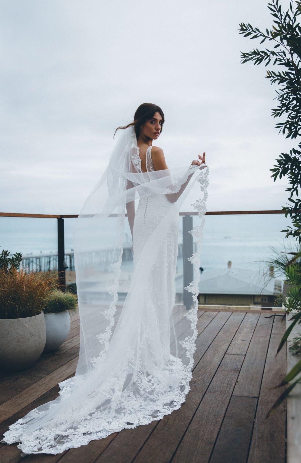 Roxana-Wedding-Veil-Daphne-Newman-3.jpg
