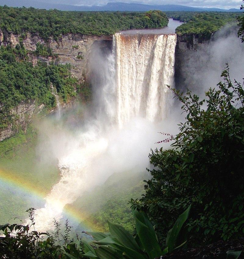 kaieteur falls2.jpg