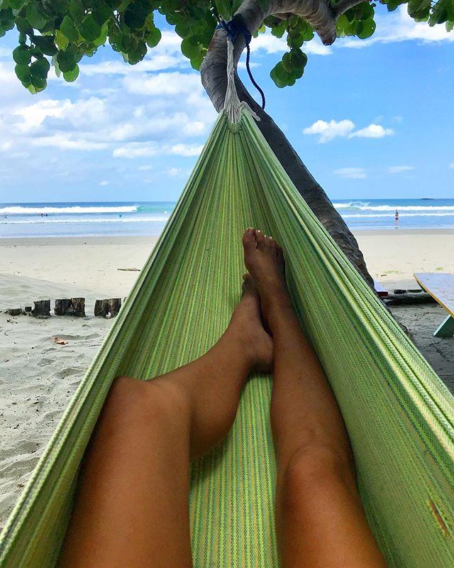 Post surf 🌴 #surfcamp #nicaragua #paradise #sanjuandelsur #sjds #surf #hammock #vacation #centralamerica