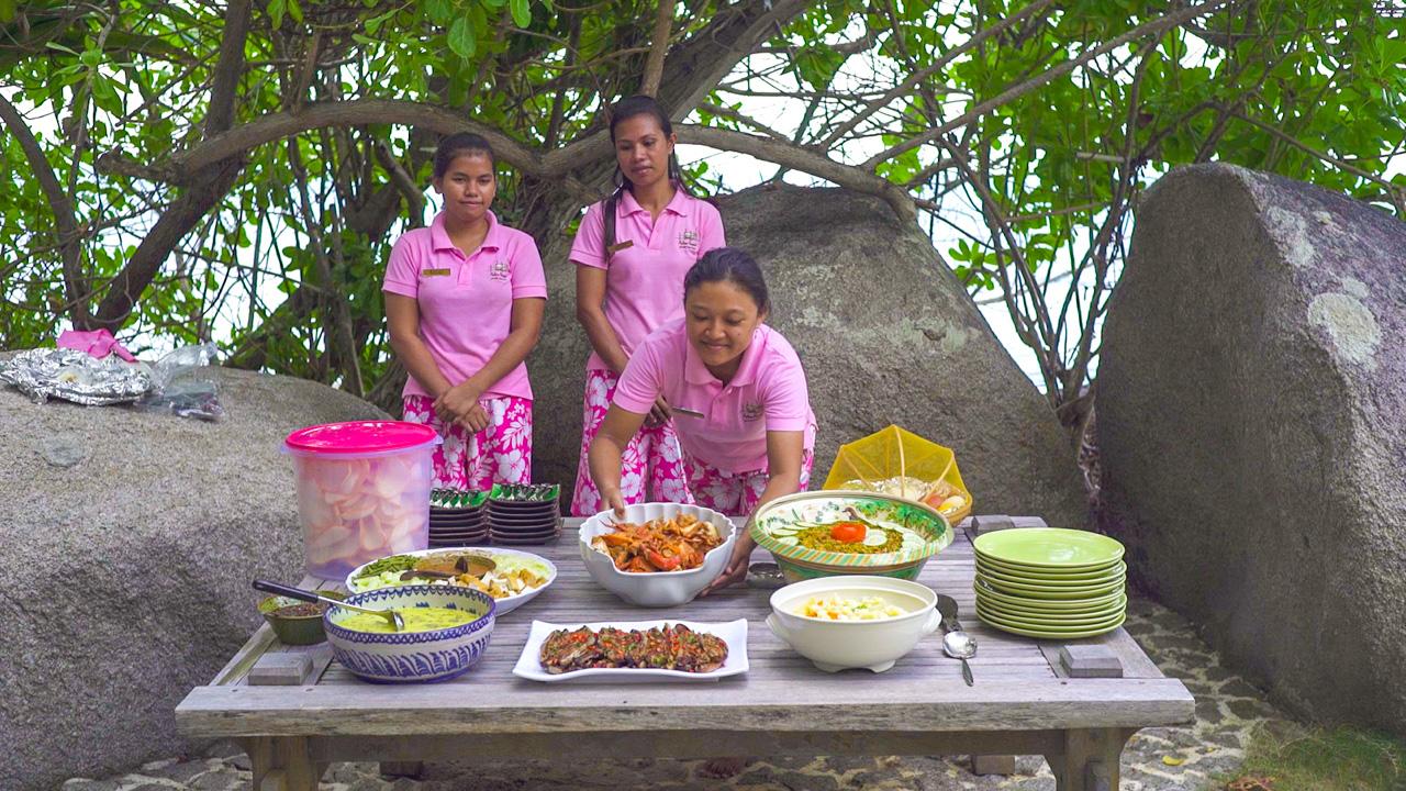 12_Dining_05.jpg